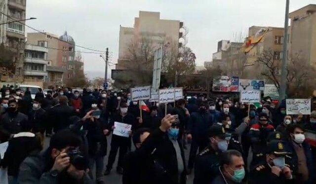 مردم تبریز در مقابل کنسولگری ترکیه تجمع کردند